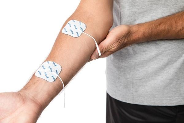 4 électrodes CARRÉES, 50x50 mm